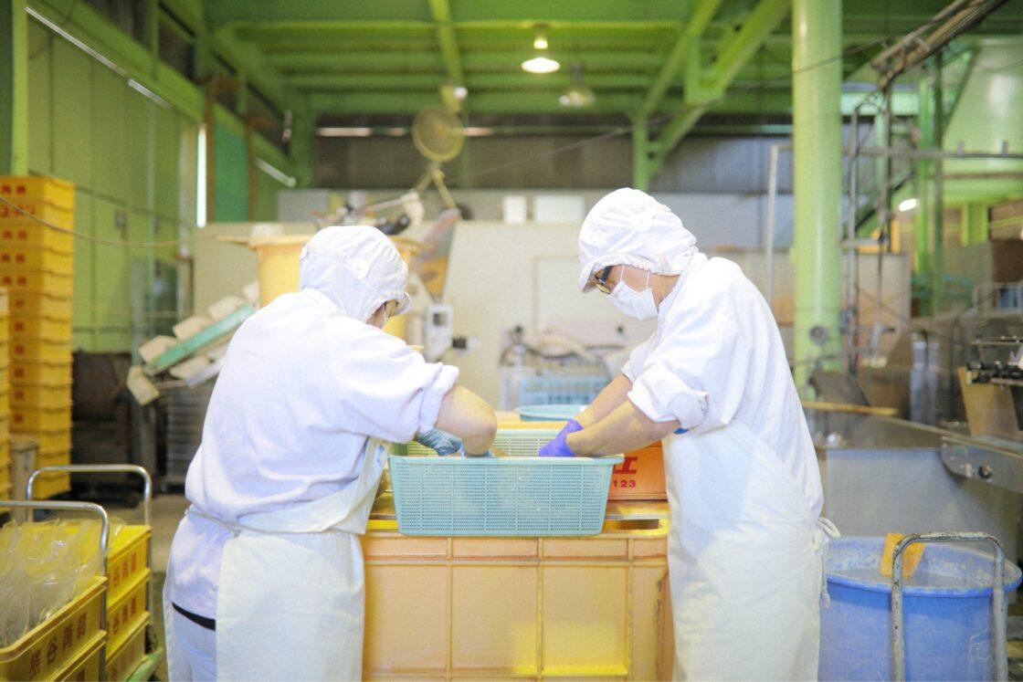 昭和2年の創業以来、素材を吟味し、伝統製法を守り、上質なこんにゃくを作り続けている