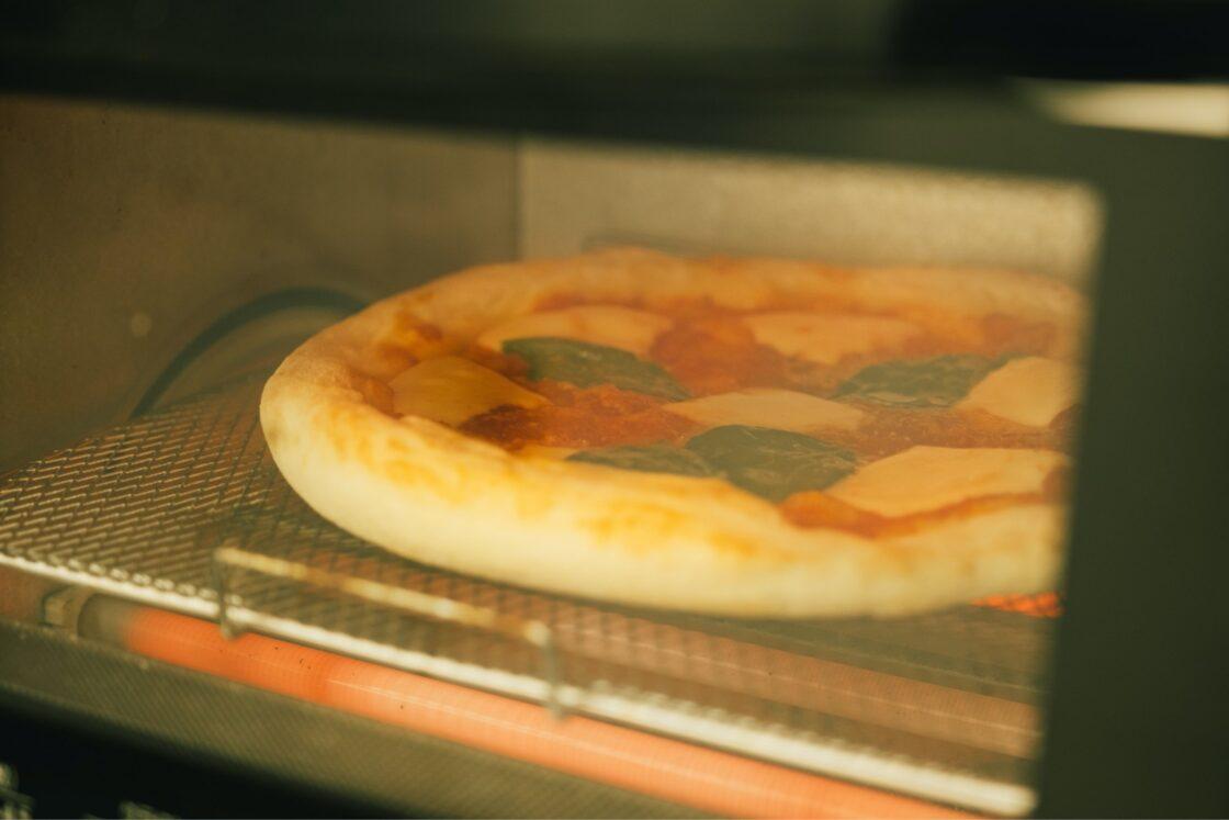 トースターで5、6分。チーズが溶けてこんがり焼ければOK
